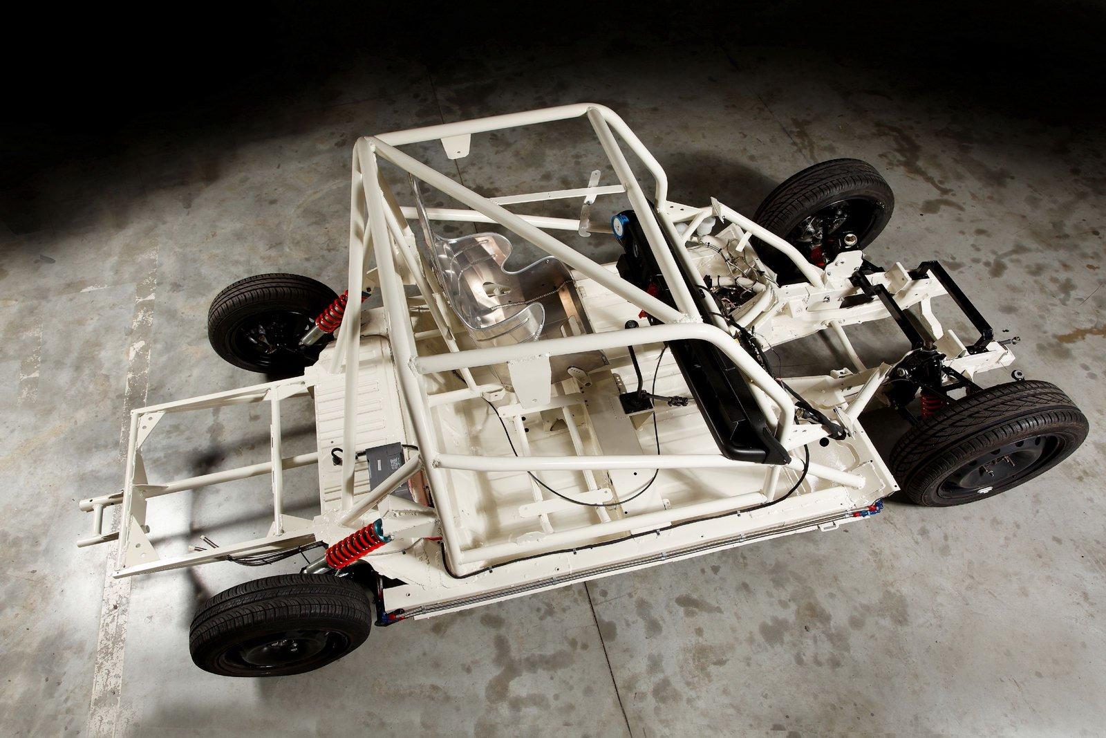 4L Bonneville chassis